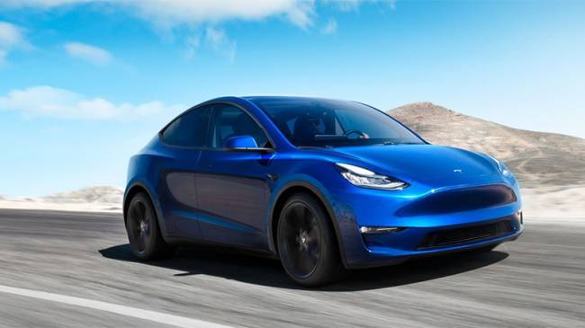 """Tesla'nın yeni otomobili """"Model Y"""" tanıtıldı!"""